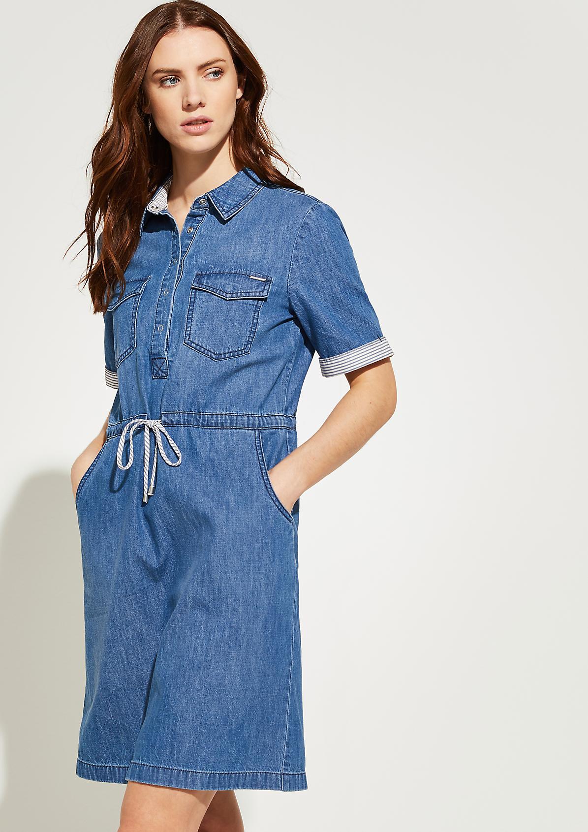 Jeanskleid mit gestreiftem Tunnelzug