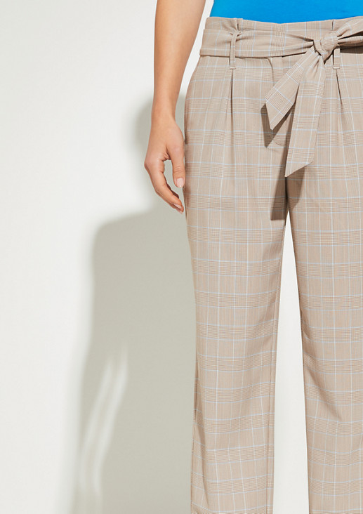 Relaxed Fit: Tapered ankle leg-Hose