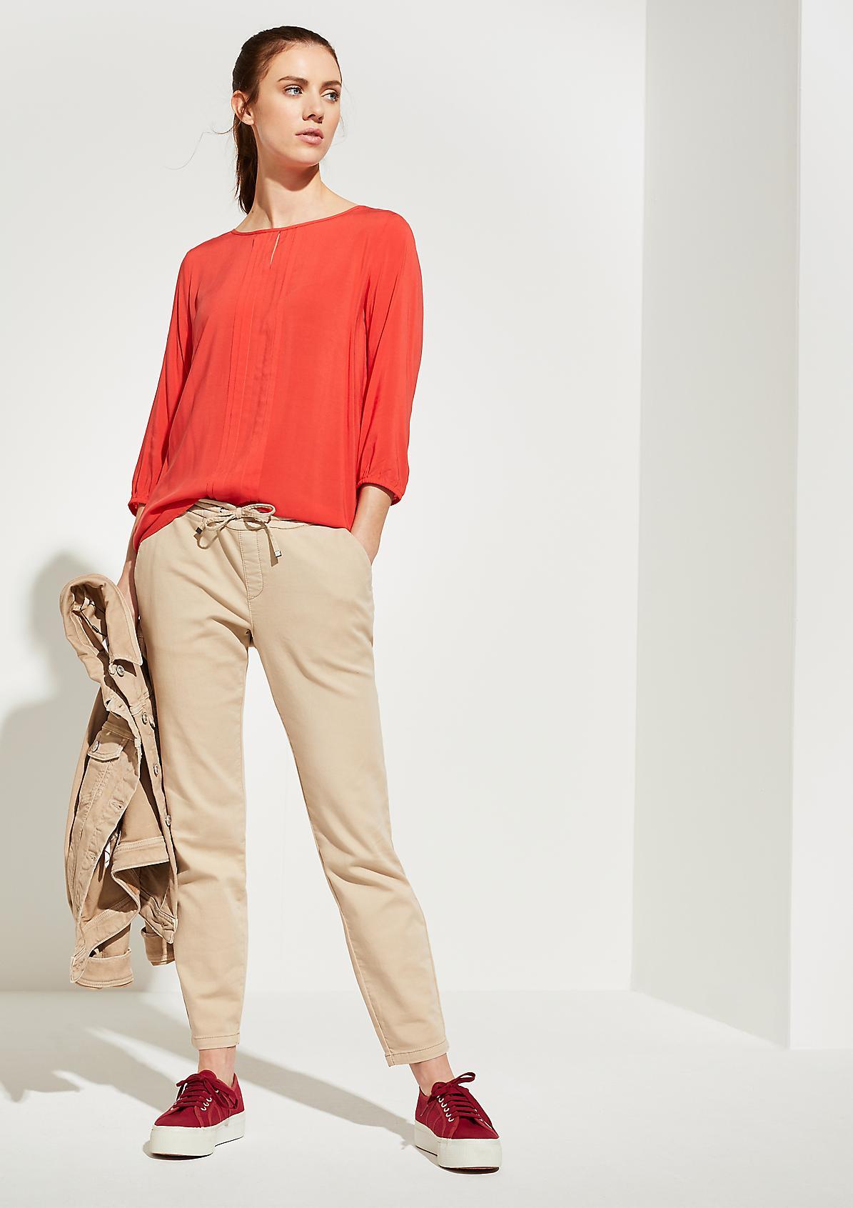 Plissierte Bluse mit Jersey-Rückenteil