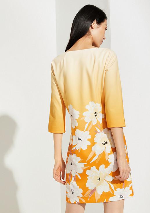 Geblümtes Kleid mit Schmuck-Detail