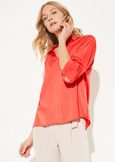 Satin blouse with a V-neckline from comma