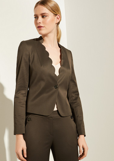 Piqué blazer with a scalloped edge from comma