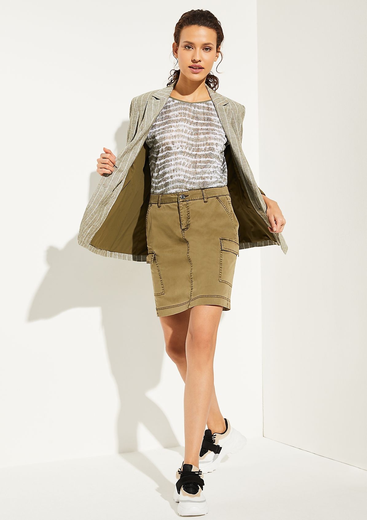 Cargo-style mini skirt from comma