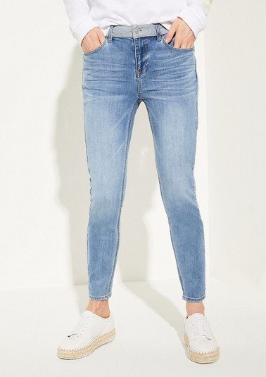 Skinny Fit: stretch jeans with a garment-washed effect from comma