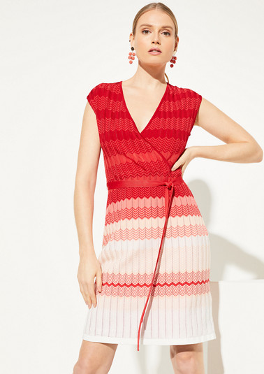 Dress with an abstract pattern from comma