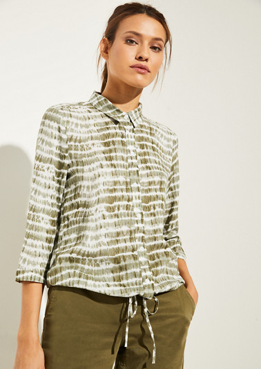 Bluse im Batik-Look mit Tunnelzugbund