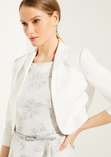 Short blazer with a rounded hem from comma
