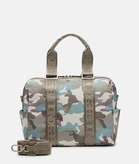 Tasche aus recycletem Nylon mit Camouflageprint