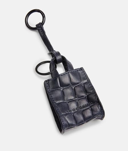 Schlüsselanhänger in Paper Bag-Form mit Krokoprägung