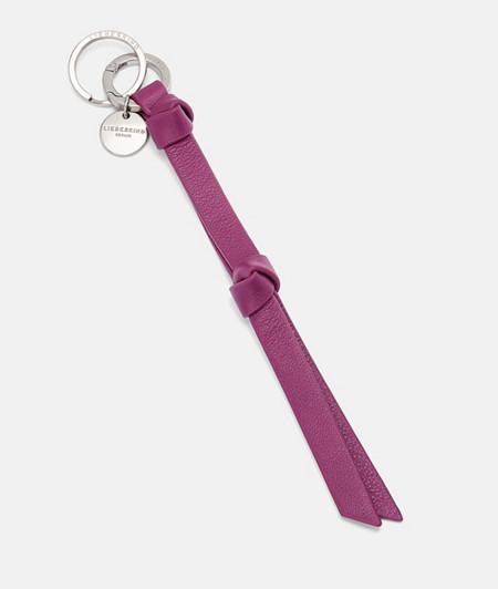 Schlüsselanhänger mit geknotetem Lederband