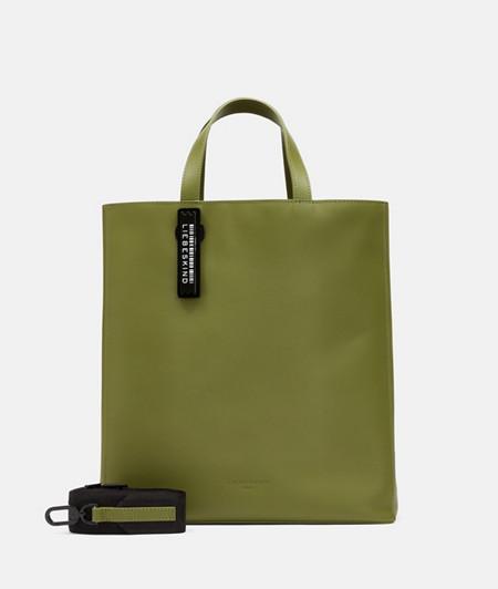 Handtasche aus Leder im DIN-Format