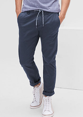 Sneck Slim: chinos with a minimalist pattern from s.Oliver