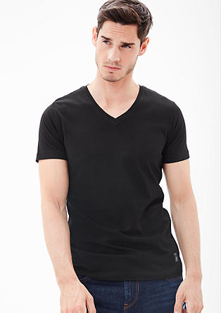 Basic-Shirt mit V-Neck