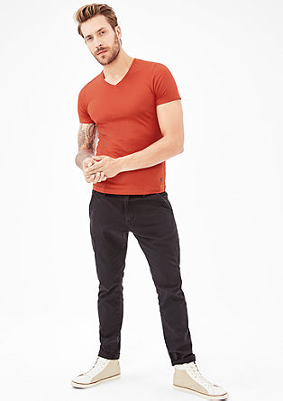 Slim: V-neck top in a slim fit from s.Oliver