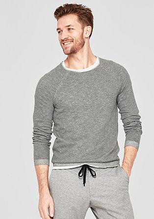 Pletený pulovr smelírovaným vzhledem