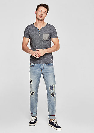 Close Slim: distressed jeans from s.Oliver