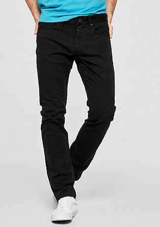 Close Slim: Black stretch jeans from s.Oliver
