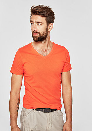Slim: basic shirt met V-hals