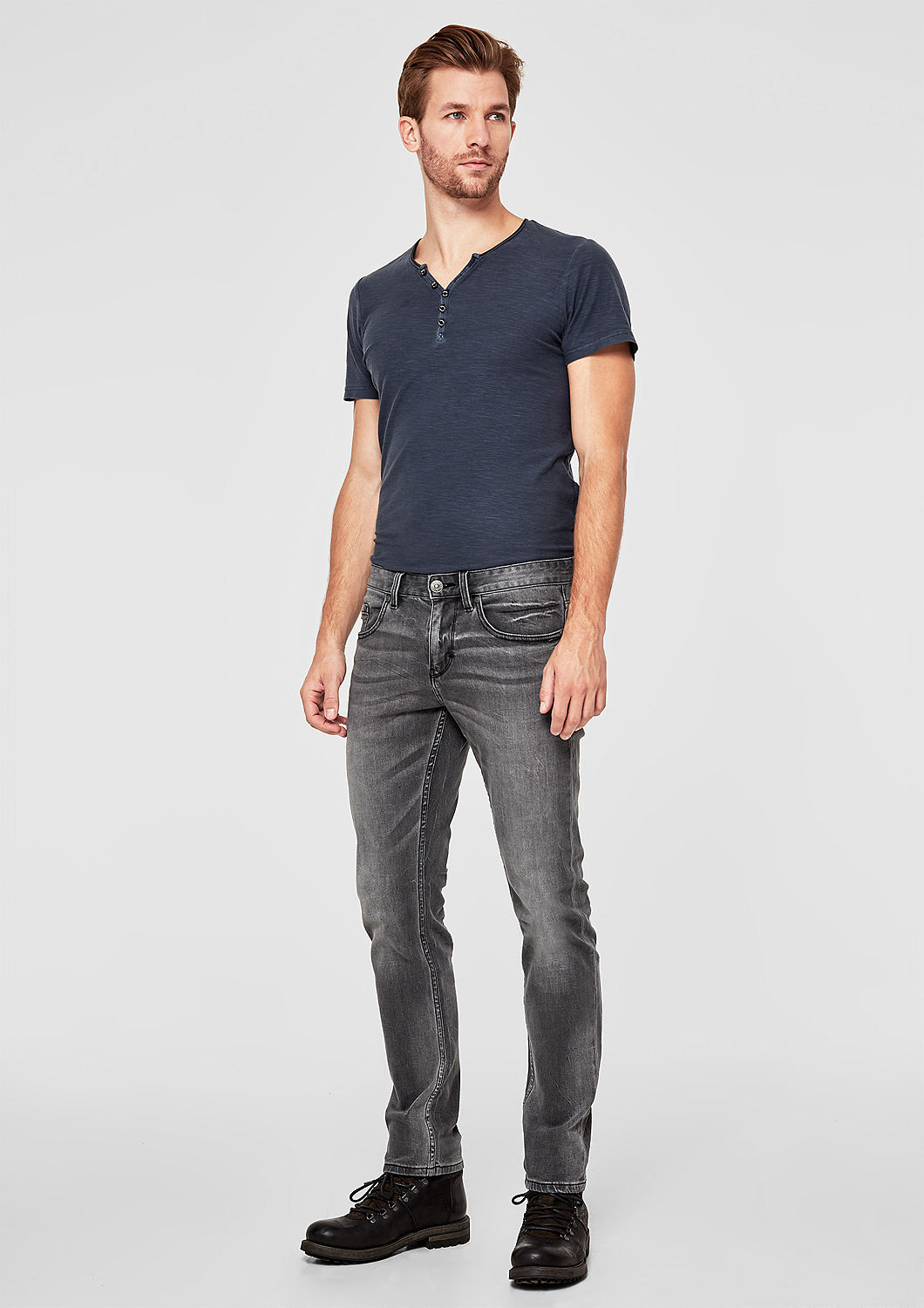 s.Oliver - Close Slim : jean au look usé - 1