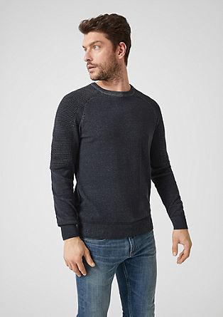 Pleten pulover z rebrastimi detajli