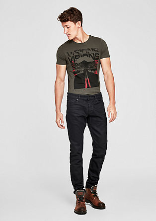 Stick slim: dark denim