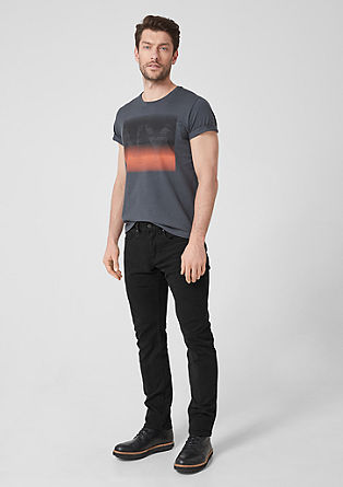 Close Slim: Black jeans from s.Oliver