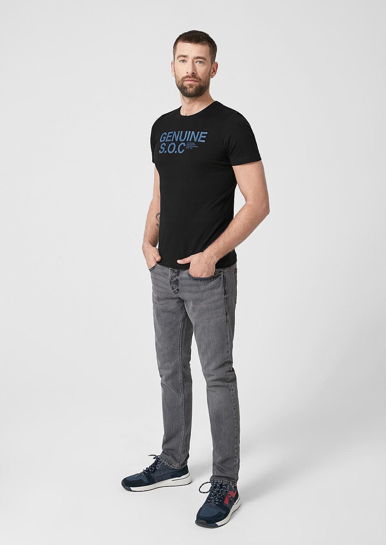s.Oliver - Slim: T-shirt en jersey animé d'une inscription - 2