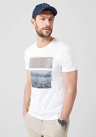 T-shirt with a tonal artwork from s.Oliver