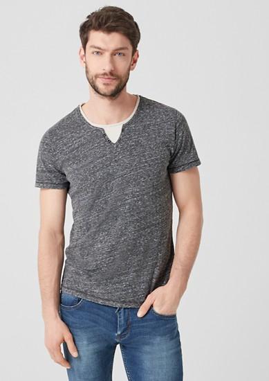 Jerseyshirt im Layer-Look