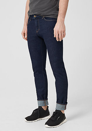 Stick Slim: jeans with contrasting stitching from s.Oliver