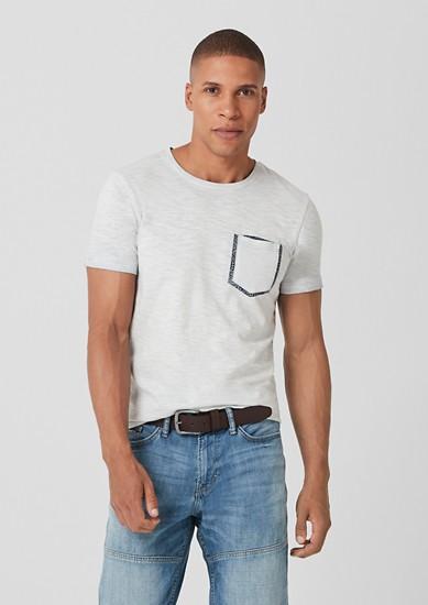 Slim: Slub Yarn-Shirt mit Brusttasche