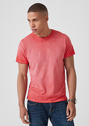 T-shirt with a cold pigment dye from s.Oliver