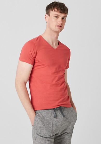 Slim: Basicshirt aus Jersey