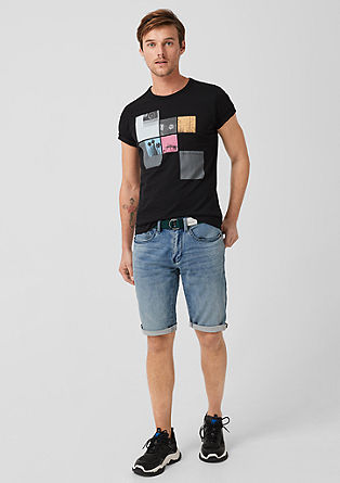 Close Slim: Denim shorts with a belt from s.Oliver
