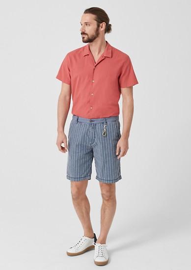 Plek Loose: Gestreifte Leinen-Shorts