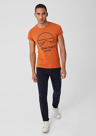 Slim: Jerseyshirt mit Label-Print