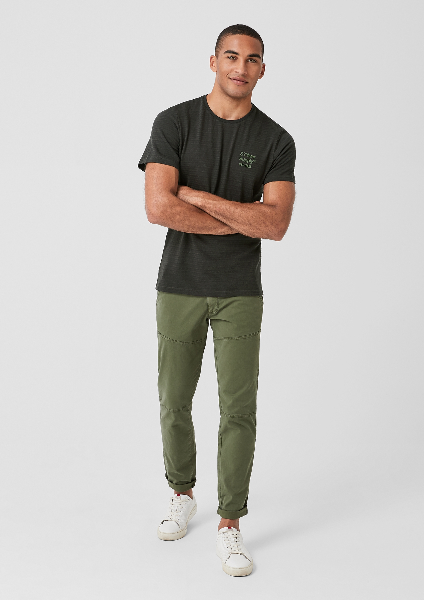 s-Oliver-Casual-Men-T-Shirt-mit-Strukturstreifen-Neu Indexbild 3
