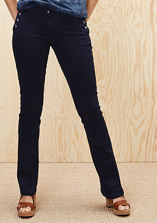 Shape Bootcut: Jeans mit Knöpfen