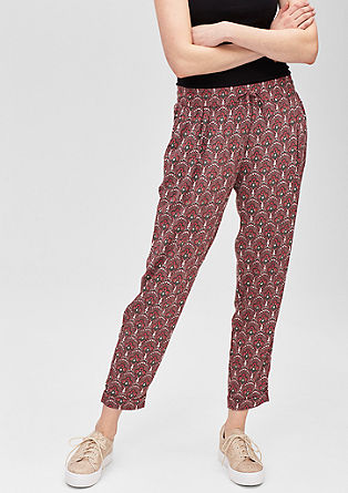 7/8-Stoffhose mit Allover-Print