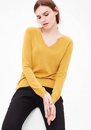Fijngebreide trui met V-hals