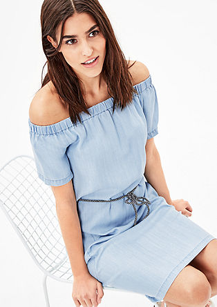 Off-shoulder jurk van denim