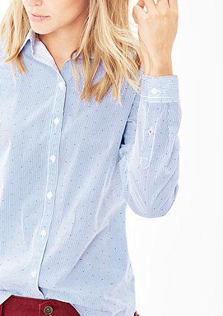 Hemdbluse mit klassischem Schnitt