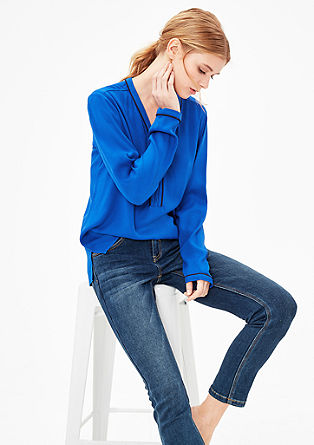 Struktur-Bluse mit Zipper-Ausschnitt