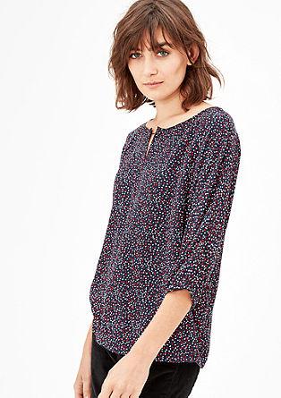 Crêpe blouse met een metalen detail