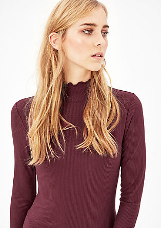Ribbed viscose top with a stand-up collar from s.Oliver