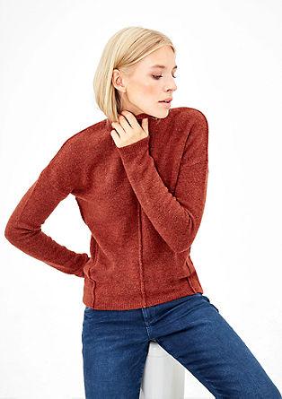 Gebreide trui met een opstaande kraag