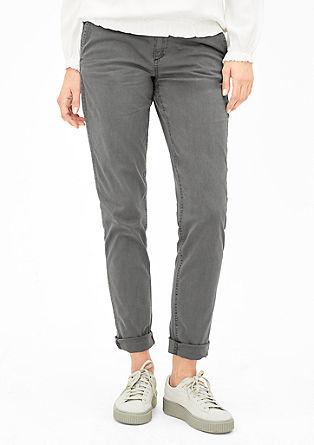 Smart Chino: raztegljive hlače s kovicami