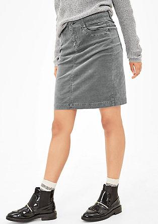 Krátká sametová sukně