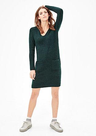 Eenvoudige gebreide jurk