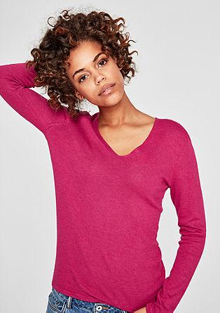 Klasičen pulover z V-izrezom